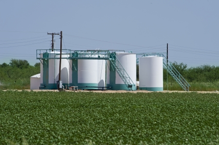Oil Well Storage Tanks Stock Photo - 15058241