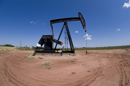 Texas Oil Well Pumper  Stock Photo - 15058239