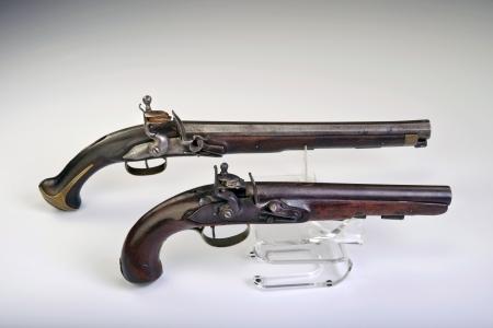 flint gun: Franc�s e Ingl�s pedernal pistola hecha alrededor de 1800 Foto de archivo