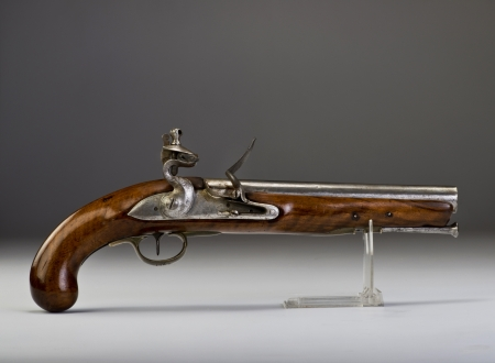 muzzleloader: 18th century English Tower flintlock pistol