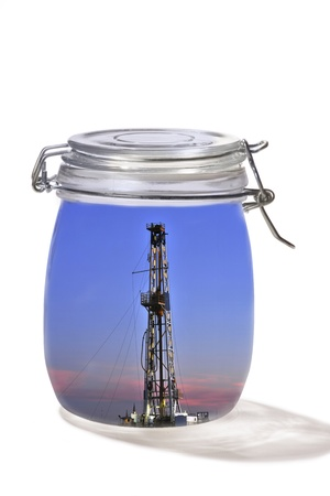 texas tea: Oil rig in a jar