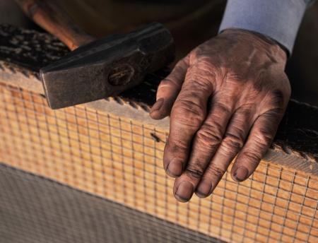 manos sucias: Manos del herrero Foto de archivo