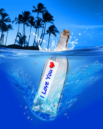 I love you message in a bottle. Фото со стока