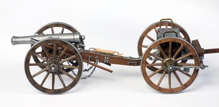 cannon gun: Model of a 1863 Dahlgren cannon with a limber cart.
