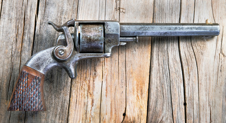 Antique side hammer pistol made around 1860 would of been used in the American Civil War. Stok Fotoğraf
