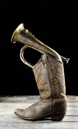Cowboy bugle with room for your type or message.