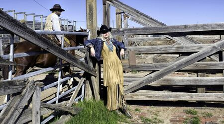 Fort Worth,Texas, Jan.4,2020 - Fort Worth Stockyards with cowgirl waiting for her cowboy. The Fort Worth Stockyards are open seven days a week with great free western fun. Reklamní fotografie