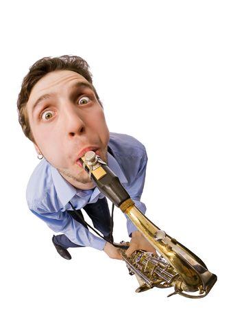 Joven saxofonista cool aislado sobre fondo blanco  Foto de archivo