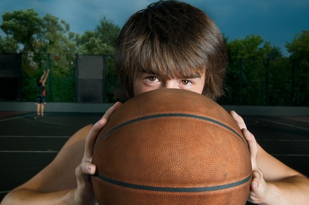 Close-up van een basketbalspeler