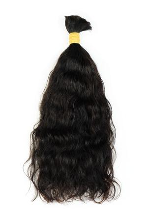 textura pelo: Extensiones de cabello oscuro aislado en un fondo blanco