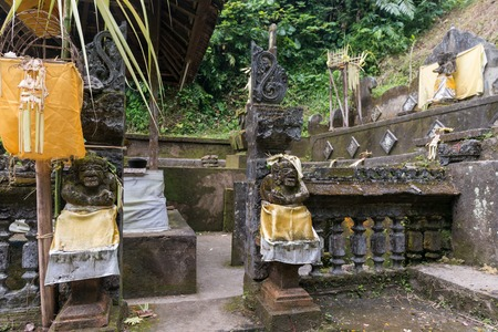 hinduist: UBUD, BALI INDONESIA - APRIL 18, 2013 - Traditional Hinduist shrine. One of the many 22000 temples on the island