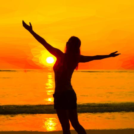 mujer mirando el horizonte: Mujer que ve la puesta de sol en la tranquilidad del paisaje de verano