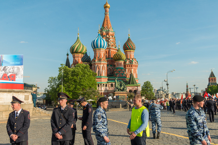 militiaman: Moscow, Russia - May 9: Security officers at Immortal Regiment. Moscow celebrates 71-th Victory Day anniversary on May 9, 2016 in Moscow. Editorial