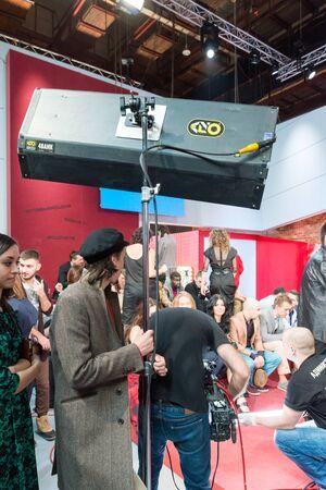 TV show filming backstage 版權商用圖片 - 137508023