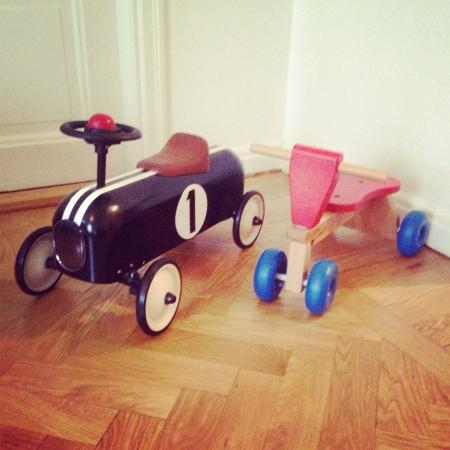 kiddie: Kiddie cars.
