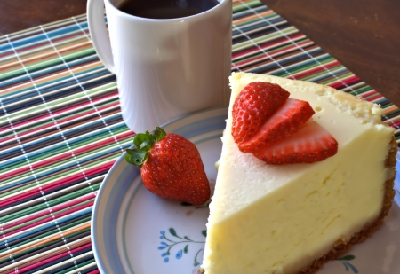 placemat: Strawberry Cheesecake with Coffee on Colorful Placemat