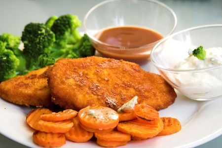 ersatz: breaded soy meat  ersatz with buttered carrots and dips