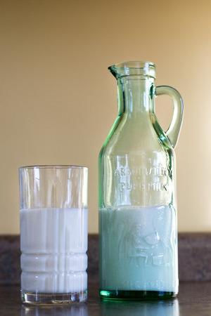우유 잔 스톡 콘텐츠