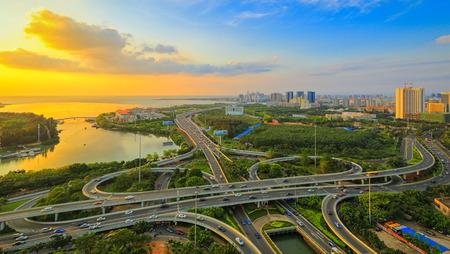 Haikou Jahrhundert-Brücke Panorama