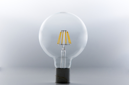 lumens: led bulb lamp with filament
