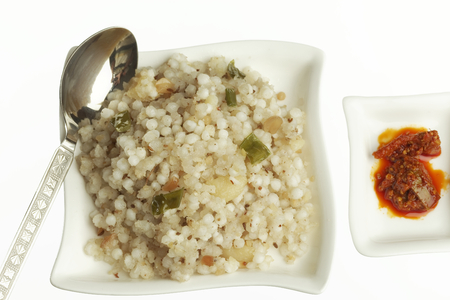 indian cookery: Fast food sago sabudana khichdi with pickles.