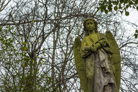 angel cemetery: Angel statue in a cemetery in England. Stock Photo