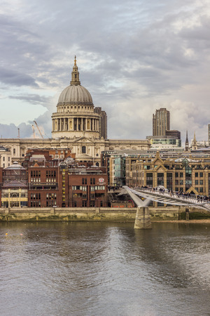 st pauls cathedral: St Pauls cathedral Editorial