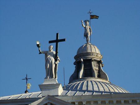 glorification: figures on churchs roof