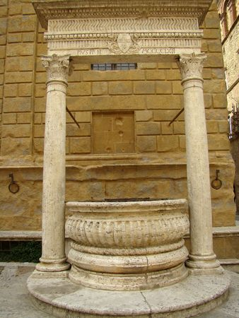 ancient well in Tuscany, Pienza                                photo