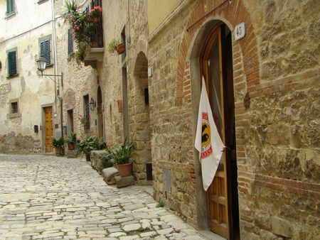 nice street in beautiful village of Chianti region in Tuscany, Italy                         Stock Photo - 5681480