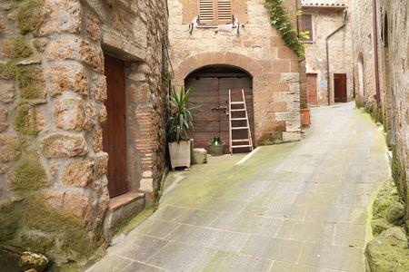 narrow: picturesque italian street