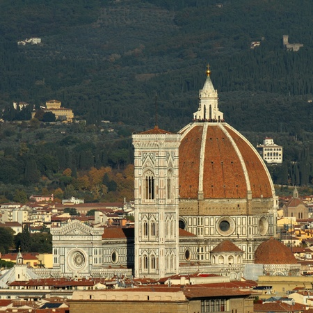 duomo of florence:  Basilica di Santa Maria del Fiore, the cathedral church of Florence, seen from Belosguardo hill, Italy Stock Photo