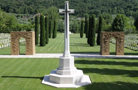 memorial cross: Florencia cementerio de la guerra, de la Commonwealth War Graves cementerio Comisión, Girone, Firenze, Toscana, Italia, Europa