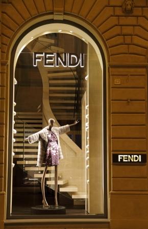 luxury goods: Florencia - 07 de junio FENDI boutique en Florencia, en la famosa calle de tiendas de lujo Tornabuoni en junio 7,2013 Fendi es una marca de art�culos de lujo multinacional propiedad de LVMH Moet Hennessy Louis Vuitton Editorial