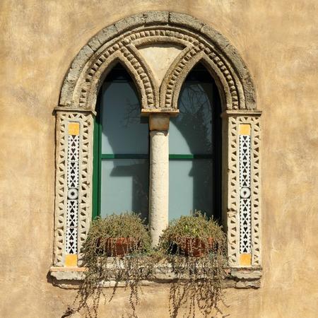 gothic window: mullioned window in Villa Cimbrone in Ravello on Amalfi coast, Campnia, Italy Stock Photo