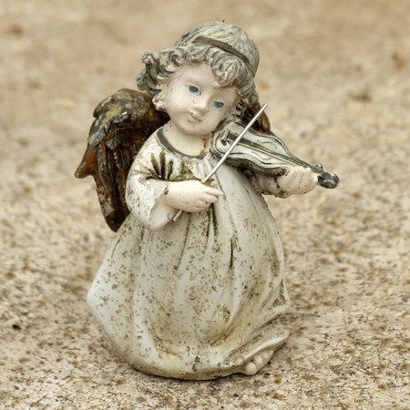 angelito figurita juego viol�n photo