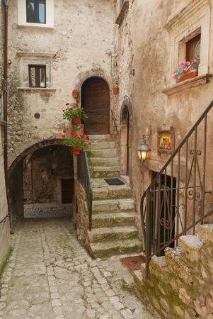 alley: beautiful old narrow passage in Italian Village Santo Stefano di Sessanio in Abruzzo Stock Photo