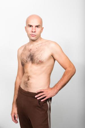 seins nus: Torse nu homme chauve