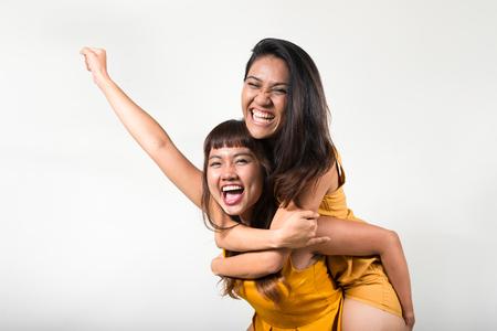 lesbienne: Portrait de couple de lesbiennes Banque d'images