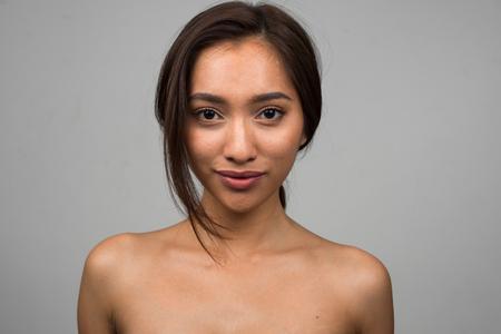 nudo integrale: Donna asiatica sexy nuda Archivio Fotografico