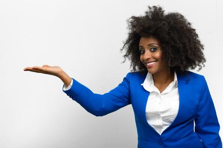 ethiopian ethnicity: Portrait of businesswoman presenting