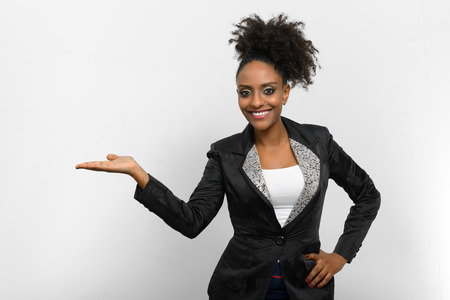 ethiopian ethnicity: Beautiful African woman presenting
