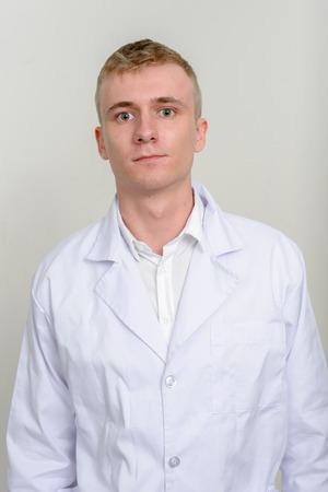 healthcare worker: Man healthcare worker