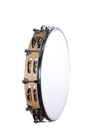 tambourine: Un tamburo di tamburello finitura legno naturale isolato su uno sfondo bianco in formato verticale.  Archivio Fotografico
