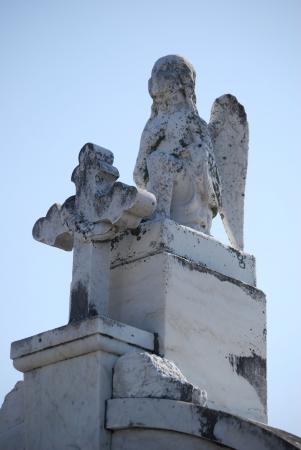 angel cemetery: New Orleans Cemetery Cross Angel 3