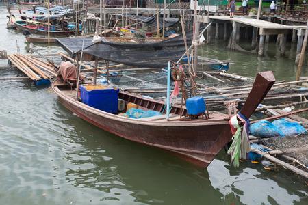 panyi: Long-tail boats  limestone, Koh Panyee