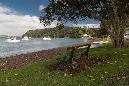 Kororareka Bay on an sunny day 版權商用圖片 - 44419602