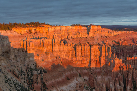 Sunrise at Bryce Canyon, partly sunny