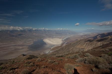 Death Valley Panorama 版權商用圖片 - 53620242