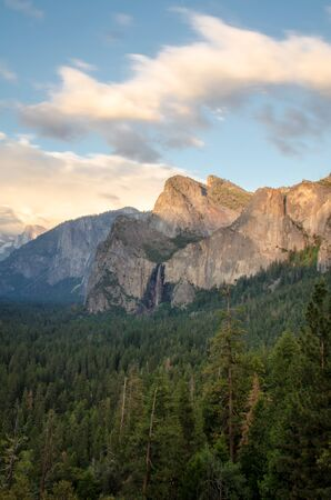 Golden hour sunset in Tunnel View at Yosemite National Park